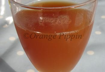 Kidd's Orange Red apple tree juice